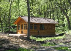 Amazing Drumlin Camper Cabin (sleeps 6)